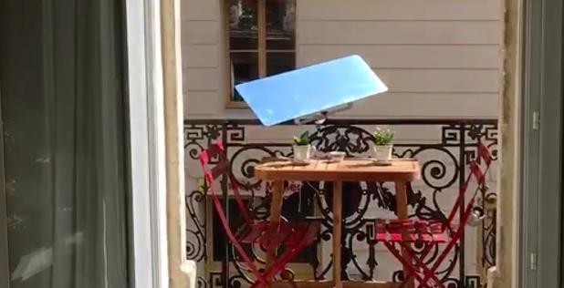 A balcony reflector following the sun – Elisabeth's testimony in Sète