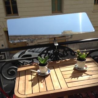 un r flecteur balcon qui suit le soleil t moignage d lisabeth s te espaciel. Black Bedroom Furniture Sets. Home Design Ideas