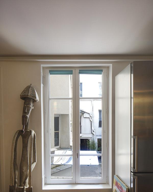 clairer un appartement au 1er tage sur cour. Black Bedroom Furniture Sets. Home Design Ideas