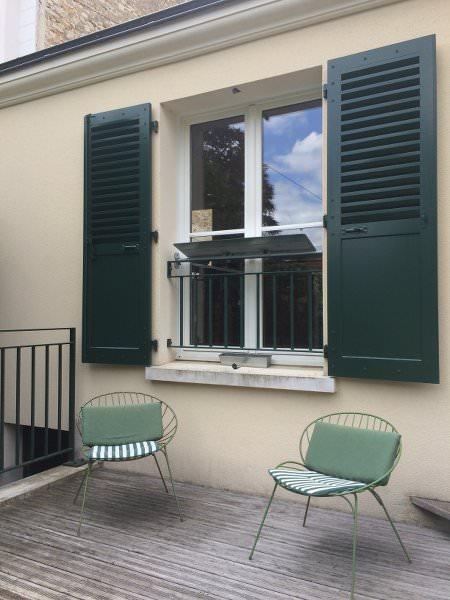reflecteur-balcon-exterieur-piece-sombre-pour-la-cuisine-espaciel-maison-luminosite-ciel