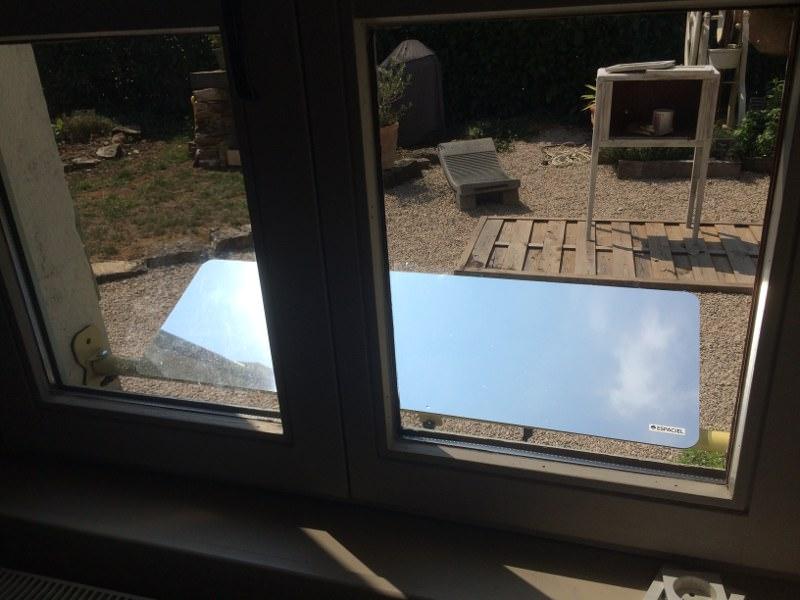 reflecteur-espaciel-vu-interieur-lumiere-naturelle-capte-lumiere-du-ciel-pour-la-rediriger-dans-son-interieur