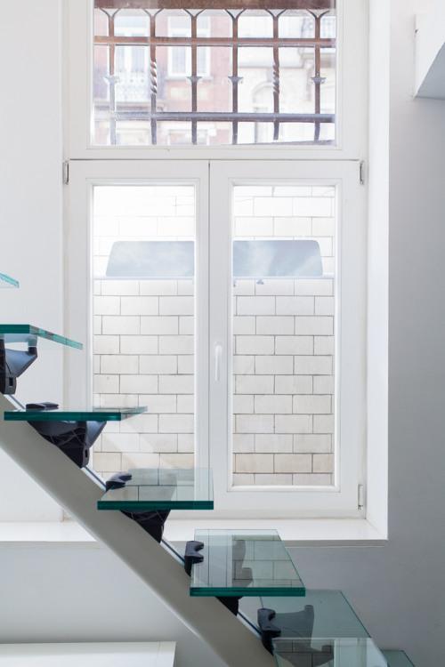 fenetre sous sol fenetre pvc pour sous sol porte tierce porte duentre vitre initial dcoration. Black Bedroom Furniture Sets. Home Design Ideas