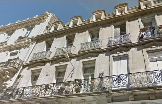 appartement-haussmanien-lumiere-soleil-exposition-sud-reflecteur-balcon-solaire-pour-eclairer-la-piece