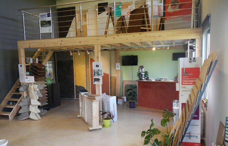 trouver-la-peinture-claire-pour-un-interieur-lumineux-avec-le-magasin-ecobati-conseils-professionnels