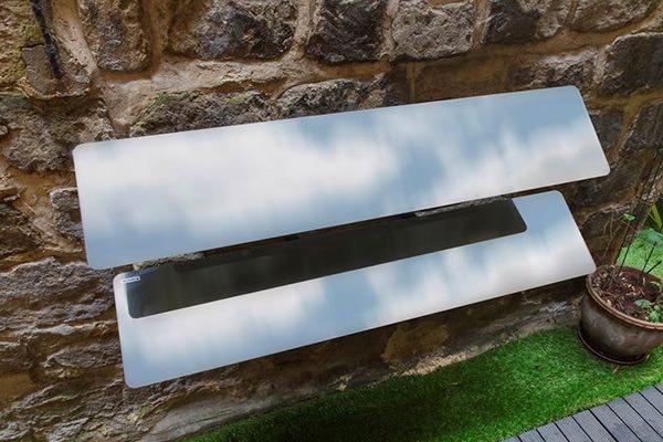 reflecteur-mural-espaciel-perce-sur-un-mur-en-rez-de-chaussee